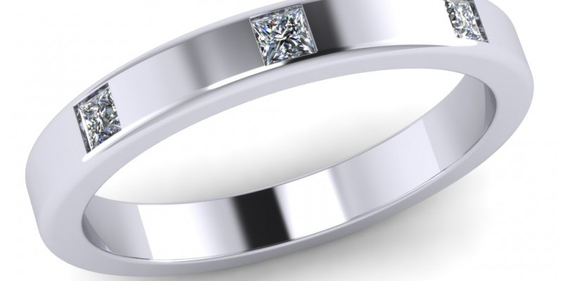 18ct White Gold 3 Stone Princess Cut Wedding Ring