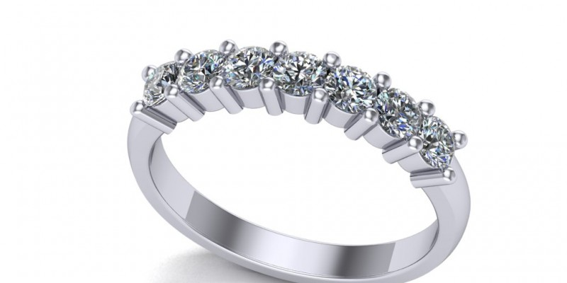 18ct White Gold 7 Stone Eternity Ring